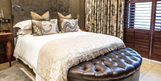 Luxury.bookings.1